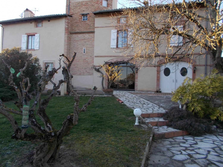 Maison restaurée du 19° Siècle proche de Montauban