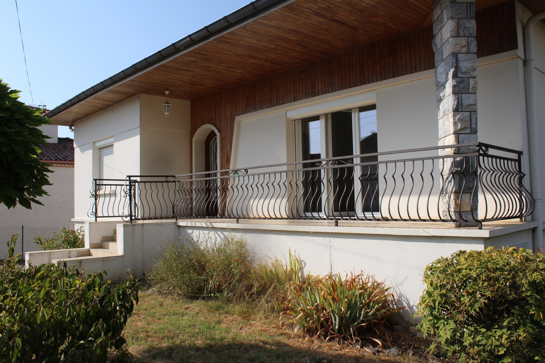 Maison T5 restaurée à Labastide st pierre proche de Montauban